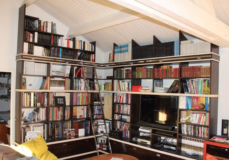 bibliotheque en latté hévéa teinté noir